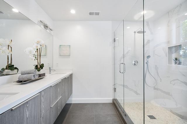 Meble łazienkowe – jak wybrać dobrze?